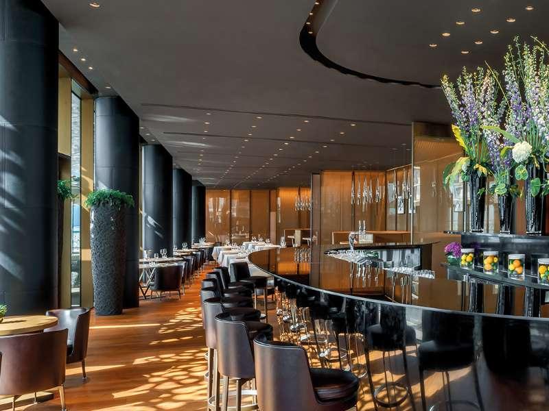 Luxury resort in dubai bvlgari resort dubai for Hotel design come