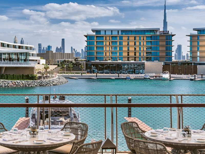 the-bvlgari-resort-dubai-the-terrace-at-the-yacht-club-restaurant