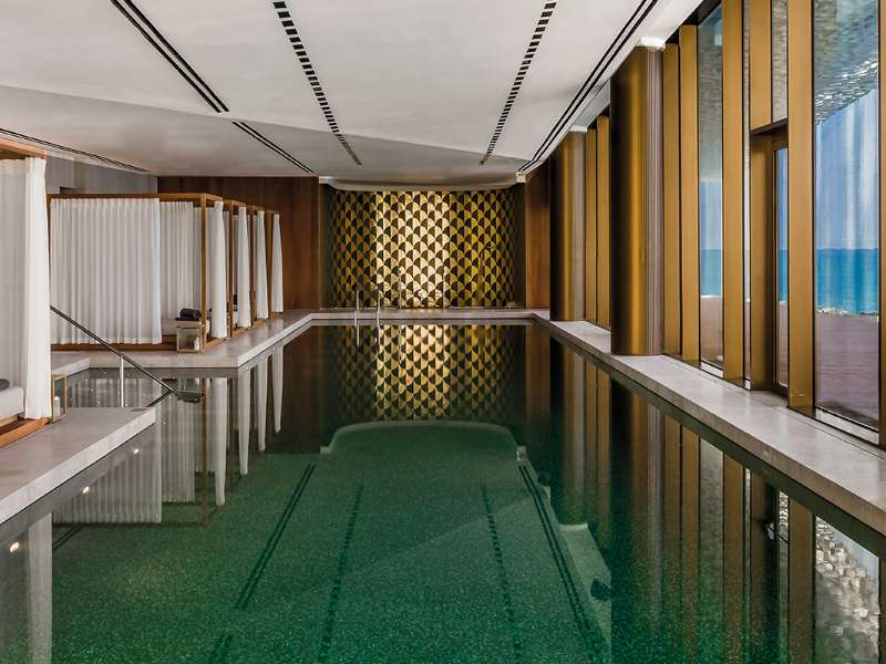 the-bvlgari-resort-dubai-the-bvlgari-spa-the-pool