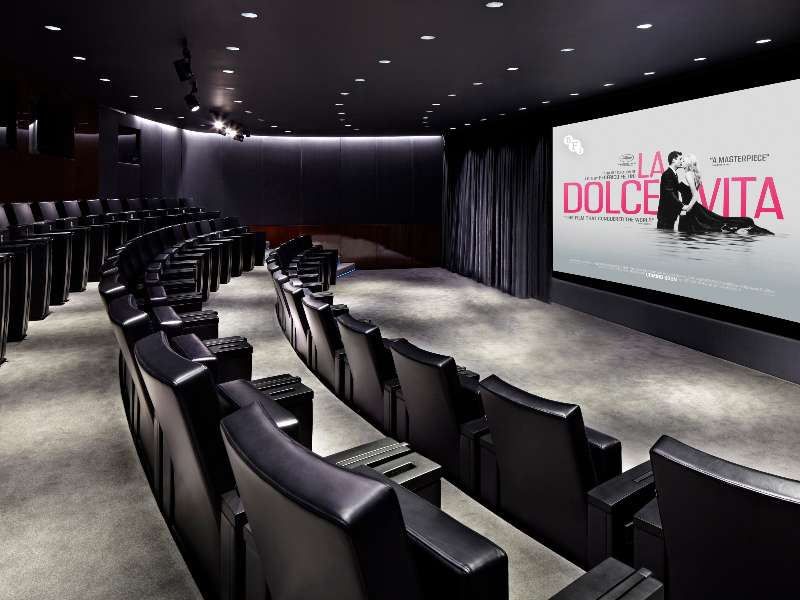 Private-Screening-Room_Bvlgari-Hotel-London_01_HR-La-Dolce-Vita