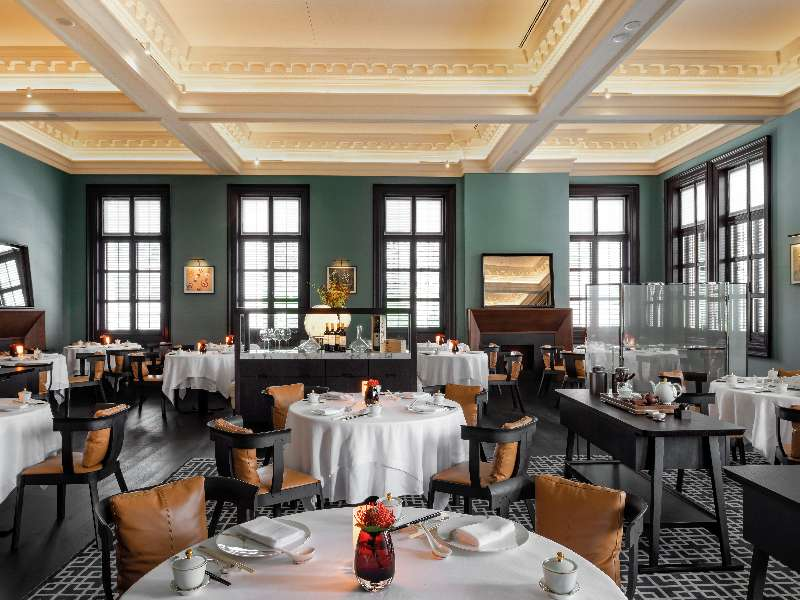 Chinese Fine Dining Restaurant In The Historic Shanghai Chamber Of Commerce Bvlgari Hotel Shanghai