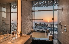 the-bvlgari-resort-dubai-the-bvlgari-suite-bathroom-and-sunset