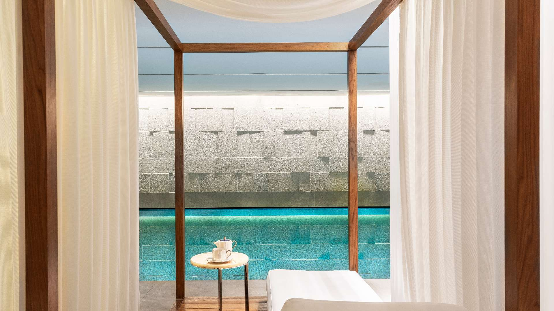 Bvlgari_Hotel_London_B_Beautiful_Cabana_3_L