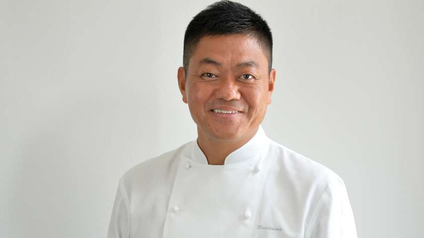 Photo portrait of the Chef Yoshihiro Narisawa