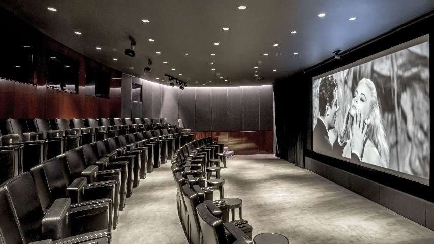 detailed look 258a9 b3576 Private Cinema in London - Cinema Room for Rent London, Luxury Hotel ...
